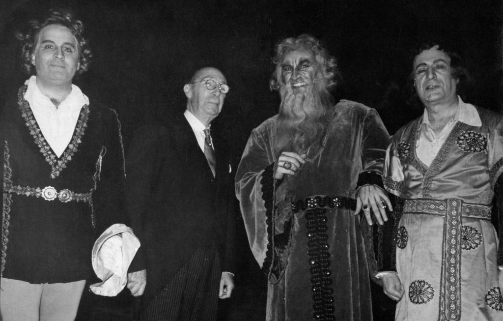 L'amore-dei-tre-re-Teatro-Colon-1955-L-R-Marcos-Cubas-Hector-Panizza-Nicola-Rossi-Lemeni-Victor-Damiani-photo-courtesy-Juan-Pedro-Damiani4